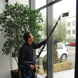 internal window cleaning