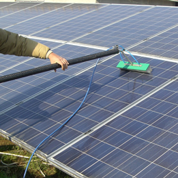 Solar panels professional cleaning